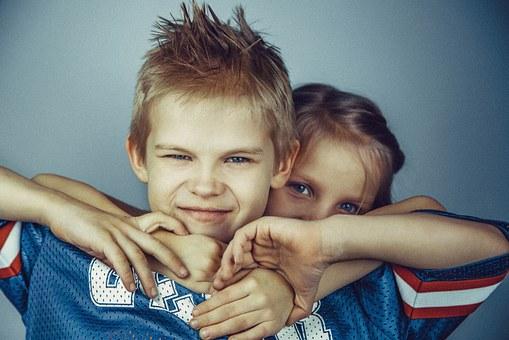 [:es]Celos entre hermanos[:ca]Gelosia entre germans[:]